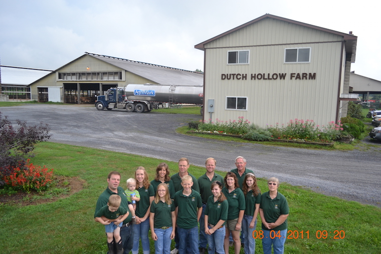 Chittenden Family at Dutch Hollow Farm